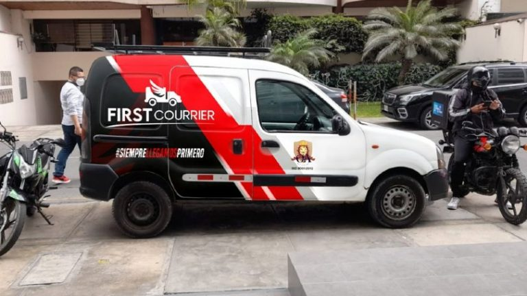 First Courrier