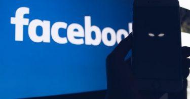 Facebook contactos extremistas